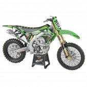 Pienoismalli, 1:12 Kawasaki Bud Racing [New-Ray]